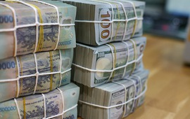 """Các ngân hàng đang """"vay nóng"""" nhau 90.000 tỷ đồng mỗi ngày"""