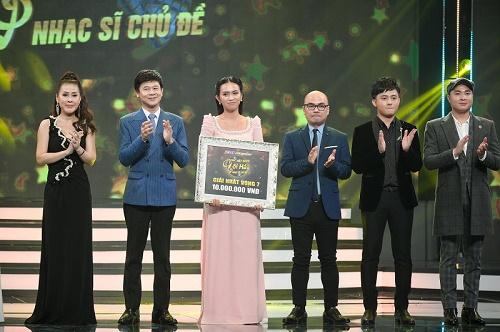 """Trương Diễm được khen """"hát không giống ai"""", thăng hoa với 6 điểm 10 chiến thắng vòng nhạc Phú Quang"""