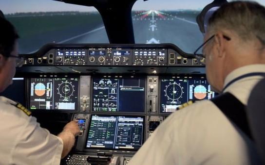 27 phi công Pakistan đang làm việc tại Việt Nam bị đình chỉ bay
