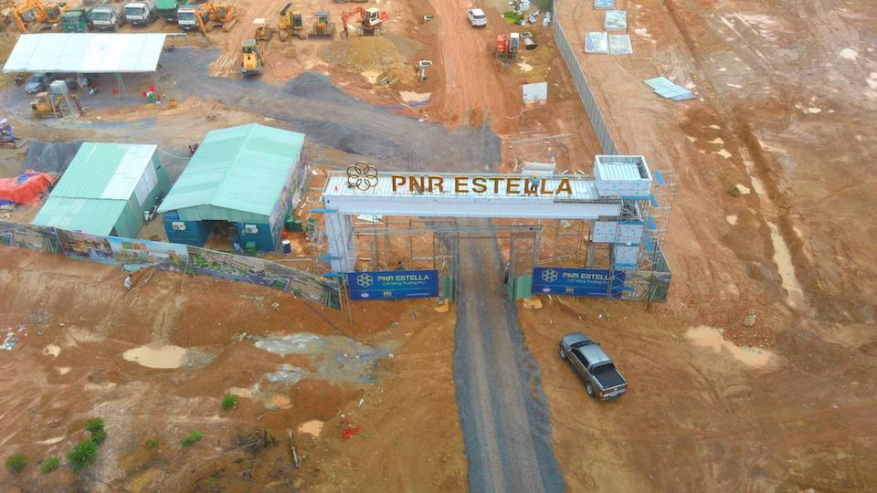 """Khách hàng rủi ro khi """"xuống tiền"""" tại dự án khu đô thị PNR Estella?"""