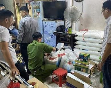 """TP Hồ Chí Minh: Phát hiện """"lò"""" sản xuất bột ngọt giả"""