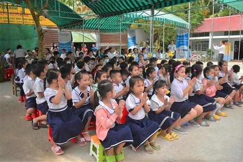 Hơn 90 học sinh ở Hậu Giang đón ngôi trường mới vào những ngày đầu tiên của 2021