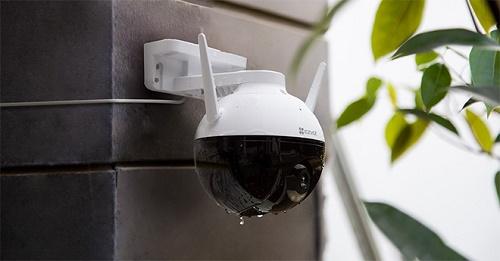 """Những chuyện """"dở khóc dở cười"""" với camera an ninh ngoài trời"""