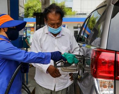 Ngày mai (27/7), giá xăng có quay đầu giảm?