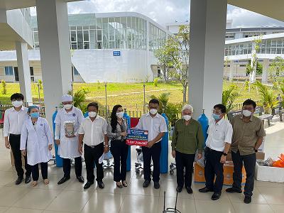 Quỹ Từ thiện Kim Oanh tiếp tục hỗ trợ ngành y tế Bình Dương gần 2,1 tỷ đồng chống Covid-19