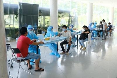 Bệnh viện FV kiến nghị Bộ trưởng Bộ Y tế cho phép tham gia tiêm chủng  10.000 mũi/ngày