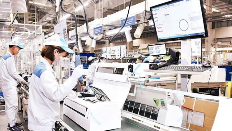 Sản xuất công nghiệp trong dịch: Khó khăn tiếp tục bủa vây từ nhiều phía
