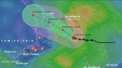 Bão số 6 giật cấp 10, dự kiến đổ bộ từ Quảng Trị đến Quảng Ngãi vào sáng mai