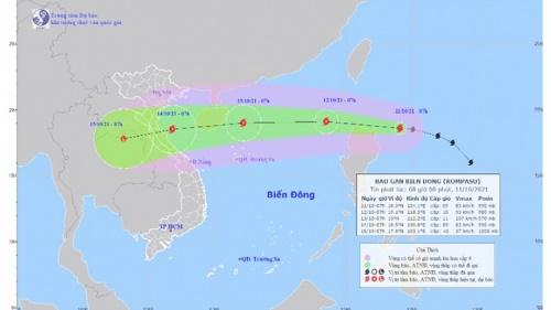 Bão Kompasu mạnh cấp 9 cách đảo Lu-dông (Philipines) 250km