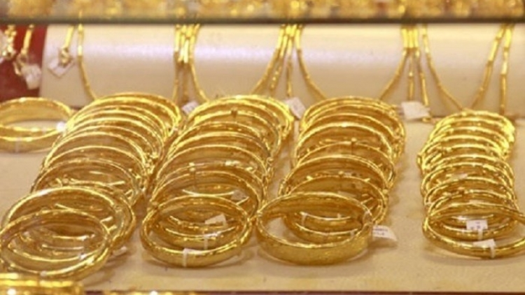 Giá vàng trong nước ở mức 57,99 triệu đồng/lượng
