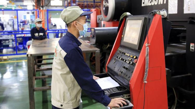Các khu công nghiệp đang tăng tốc nối lại chuỗi sản xuất
