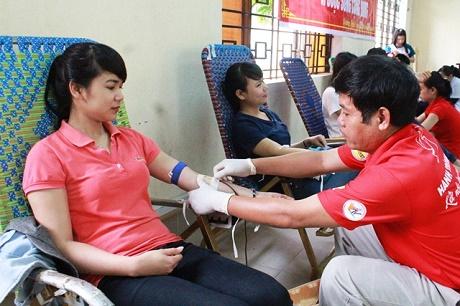 Vận động hiến máu tình nguyện dịp Tết Nguyên đán Kỷ Hợi và Lễ hội Xuân Hồng năm 2019
