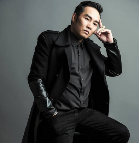 Bầu Hưng lạnh lùng gây sốc với phát ngôn: Tôi là ông bầu trẻ và đẹp trai nhất showbiz Việt hiện tại