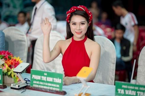"""Lộ diện Á hoàng Kim Thảo – nhà tài trợ đồng hành cho """"Nét đẹp Vĩnh Long 2019"""""""