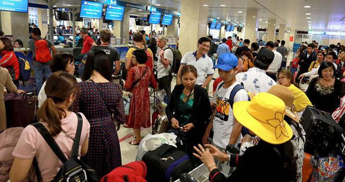 Sân bay Tân Sơn Nhất: Chuyện 3 vali bị hỏng, vỡ của cựu Đại sứ Việt Nam và lời giải thích
