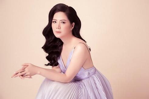 Nữ Hoàng Kim Cương Đinh Hiền Anh làm Trưởng Ban giám khảo thi người đẹp