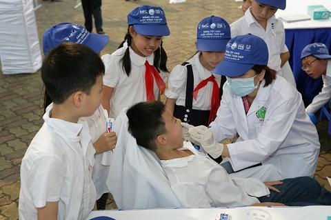 """""""Hãy nói A: Hành động cho sức khỏe răng miệng"""" – Cùng P/S Bảo vệ nụ cười Việt Nam"""