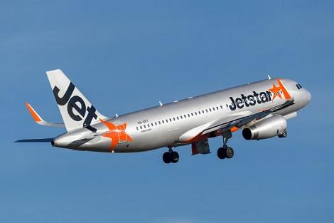 Jetstar trao trả hơn 200 triệu đồng khách bỏ quên trên máy bay