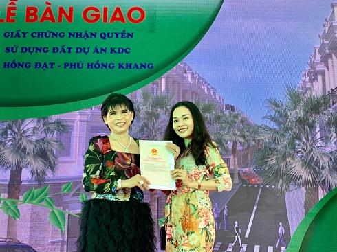 Hai dự án vàng Phú Hồng Khang - Phú Hồng Đạt chuyển nhượng quyền sử dụng đất cho khách hàng
