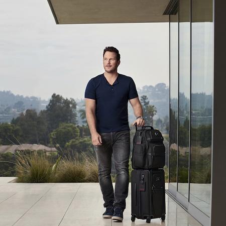"""Tài tử """"tỷ đô"""" Chris Pratt trở thành gương mặt đại diện của TUMI"""