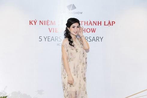 Bằng Kiều, Nguyễn Hồng Nhung, Thanh Hà hội tụ tại quê nhà