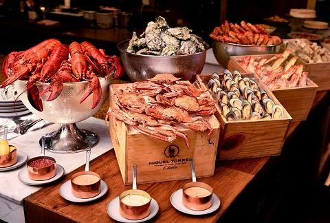 Park Hyatt Saigon: Đại tiệc buffet hải sản lần đầu tại nhà hàng Opera
