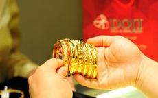 Vàng quay đầu tăng vọt lên 42 triệu đồng/lượng