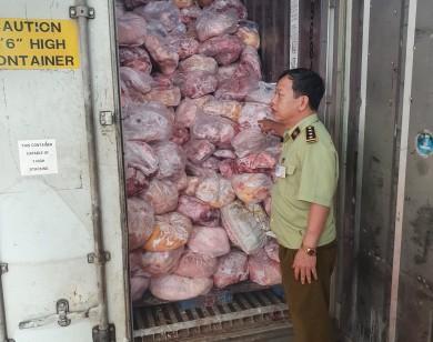 Phát hiện 40 tấn thịt heo, gà hôi thối tại cơ sở làm giò chả