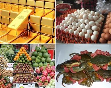 Tiêu dùng trong tuần: Giá vàng, trái cây và thực phẩm đồng loạt tăng mạnh